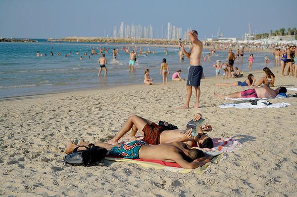 中东海边风景区