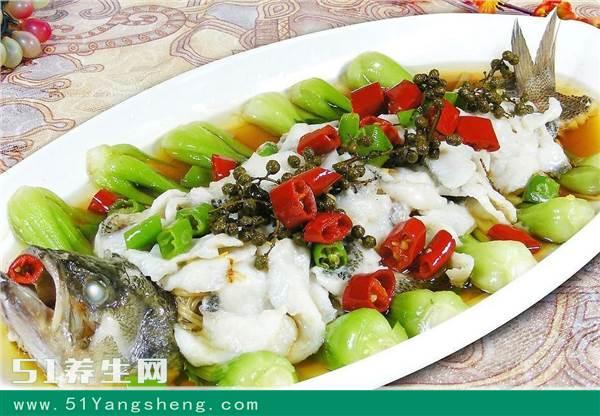 海鲈鱼的营养价值有什么? 清蒸海鲈鱼做法