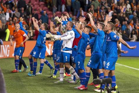 不好意思, 冰岛足球这碗假鸡汤我们不喝!