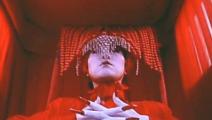 一部具有时代色彩的僵尸片,冥婚场面特别经典,大家都说过目难忘