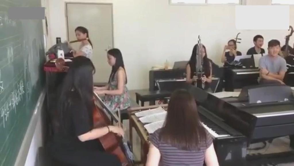 星海音乐学院学生课堂民乐改编《斗地主》配乐,好听
