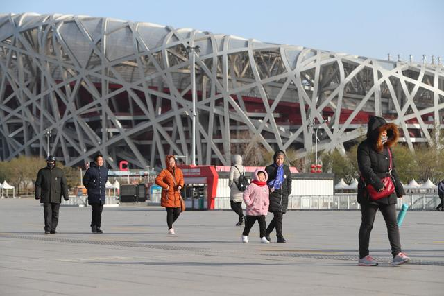 北京最新天气预报: 北风至、雾霾消, 今夜气温再降, 下周一仅4℃
