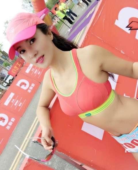 喜好健身的刘叶琳几乎每年都会参加马拉松!