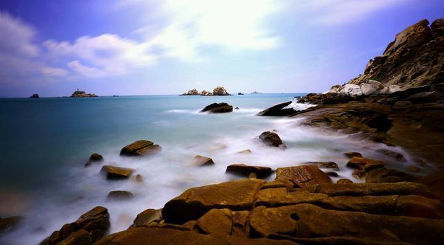 """湄洲岛素有""""南国蓬莱""""美称,既有扣人心弦的湄屿潮音,""""东方夏威夷"""""""