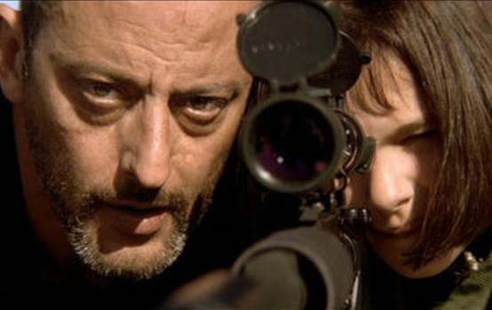 电影《这个杀手不太冷》中处处设有反差, 展现了人性的复杂奇妙