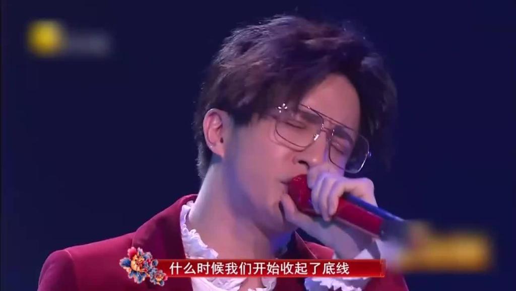 经典复刻!薛之谦走心演唱《演员》_腾讯视频