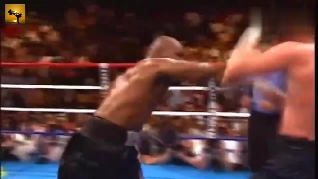 打败过泰森,获得过奥运冠军,被誉为世界上最牛的拳王!