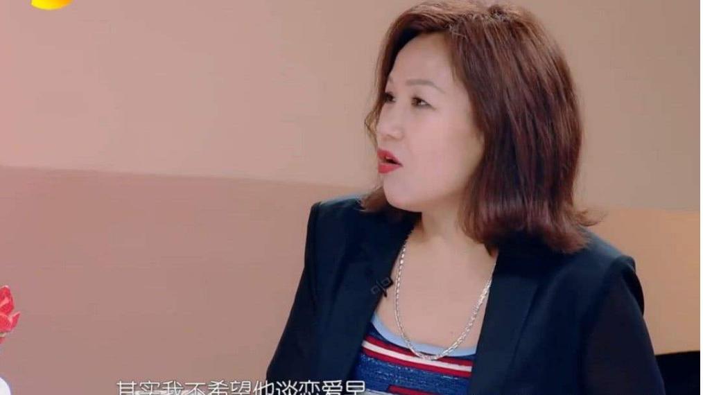 """陈小纭五字硬刚未来婆婆 于小彤妈妈""""软性""""逼迫儿子35岁结婚,"""