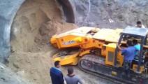 大型的隧道掘进机工作的过程,你见过么