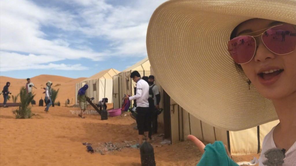 人喝水简笔画沙漠