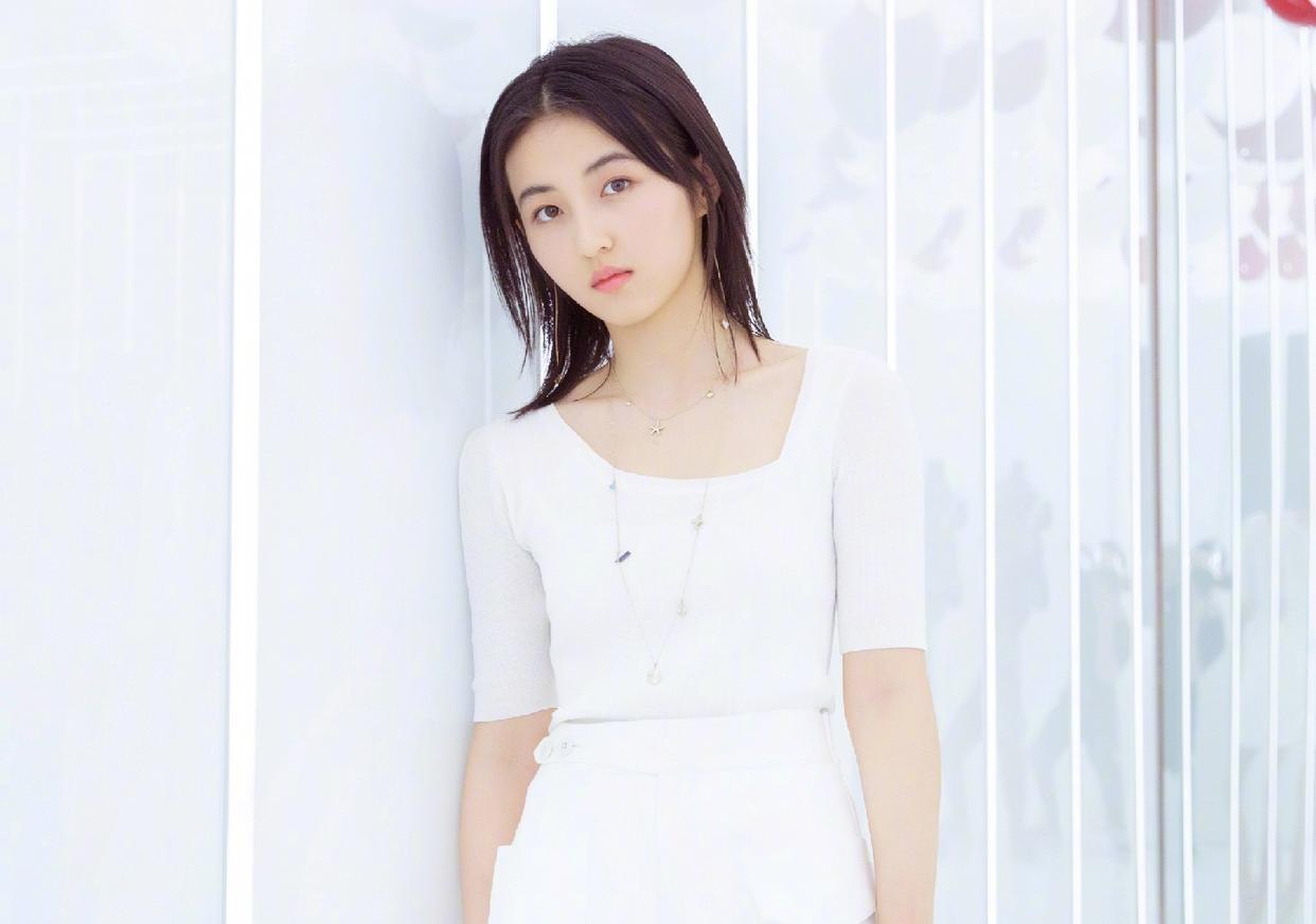 没等到张子枫的新剧,却迎来了另一好消息:看清内容怎能不激动?