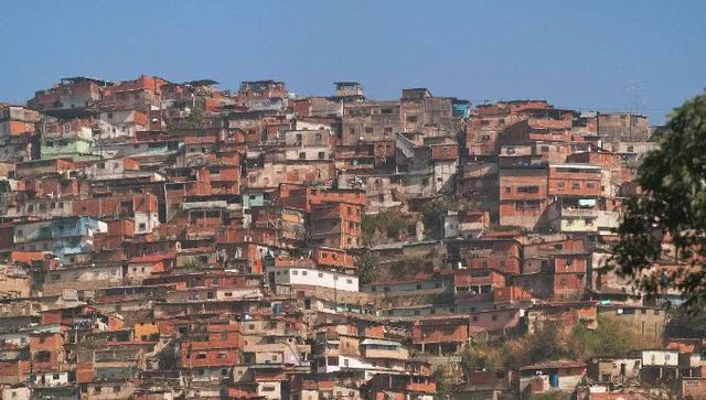 世界石油储量第一国: 曾为世界最富国之一, 如今90%人口陷入贫困