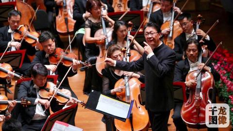 歌唱家吴碧霞,孙砾,张立萍带来《我爱你中国》《黄河颂》《祖国我的最