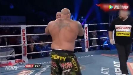 两位超级重量330斤拳王选手, 居然一拳KO萨普