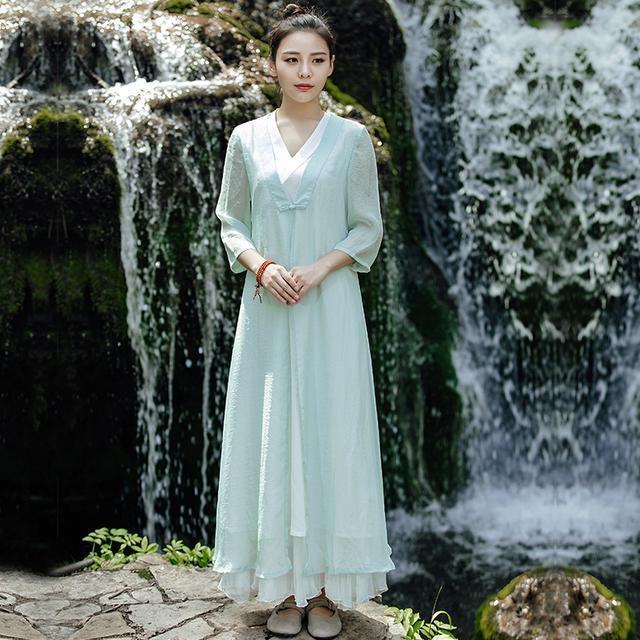 """姑娘不要穿韩版了, """"改良汉服""""才是17年的流行趋势, 优雅大方 8"""