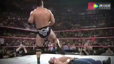WWE狂怒收下巨石强森的24个人民肘击!