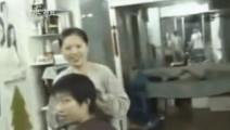 福原爱理发店偶遇张怡宁,胆怯的问: 我可以录像吗?