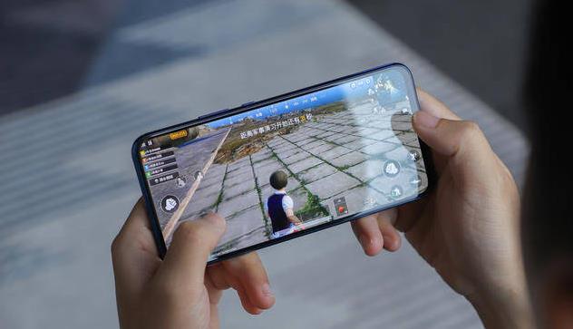 """这几款手机明显""""配置不配价格"""", 已经入手的用户你就偷偷后悔吧"""