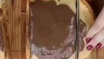国外吃法真奇特,巧克力千层饼?