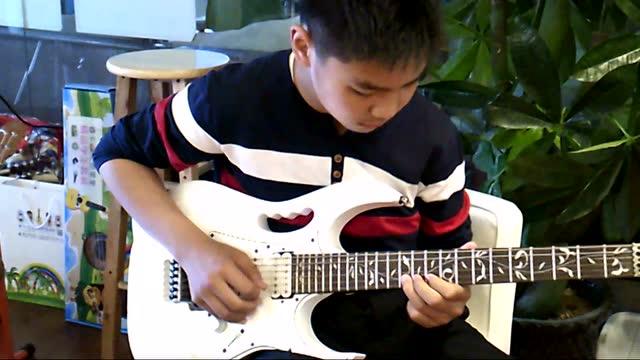 光山滚石吉他 断桥残雪 弹唱