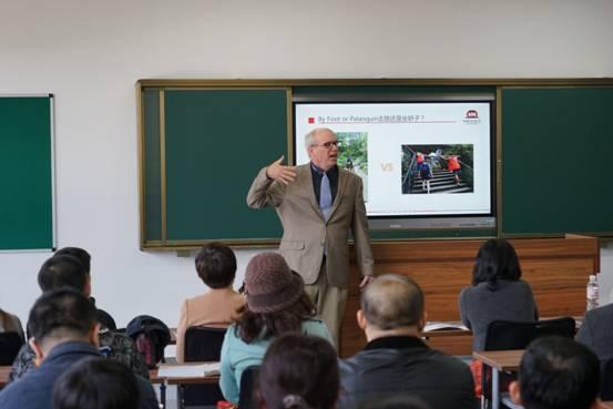 """推荐 正文  """"目前青岛二中国际课程基地吸引了青大附中,39中,26中"""