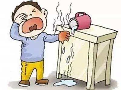 门诊医生教你秋冬季节如何烧烫伤急救, 千万不能用民间错误方法!