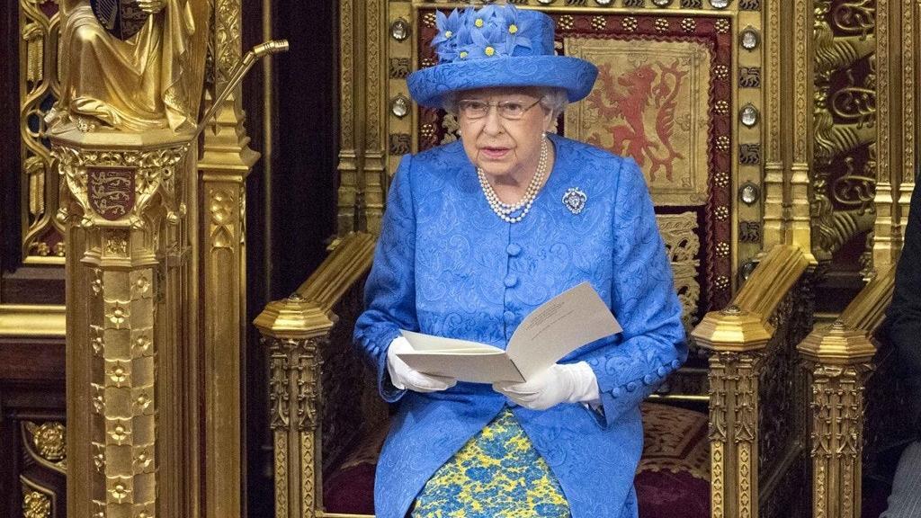 英女王称要确保英国在10月31日脱欧 谈判最后关键时刻,