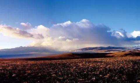 西藏南木林风景