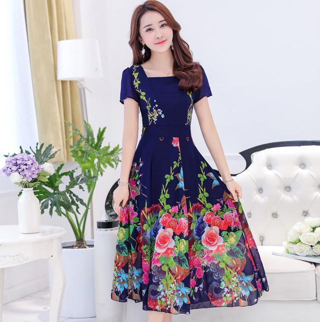 这八款连衣裙专为40岁的女人设计的, 修身显瘦, 展现高雅气质 8