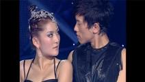 快男谢娜为张杰伴舞拉票,演唱《舞月光》让评委痴迷