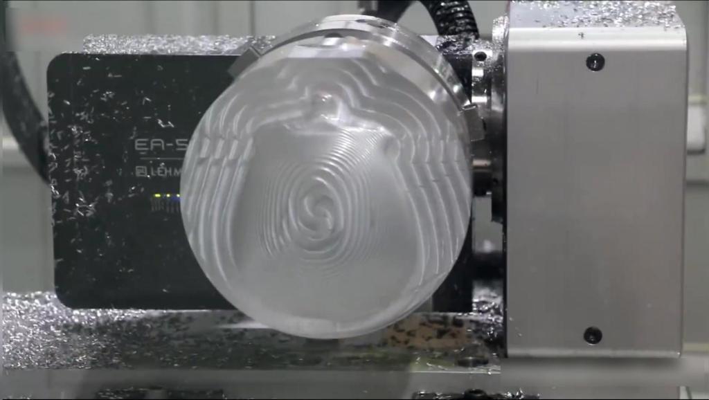 德国制造五轴联动机床加工颅骨!过程简直行云流水