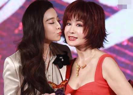 71岁长了一张20岁的脸! 不老女神赵雅芝在她面前都输了