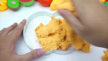 玩具: 做红苹果蛋糕吃吃