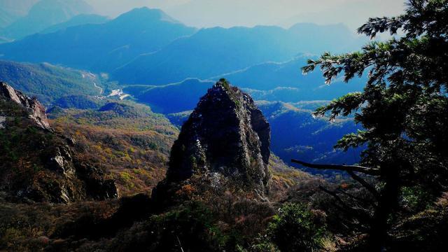 为帝舜故里,主要的旅游景点有历山,小浪底库区,天盘山原始古林风景区