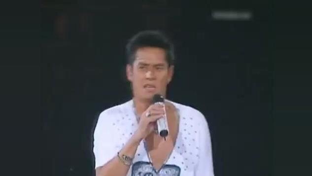 黄家驹写给谭咏麟的歌,谭咏麟在演唱会上用这首歌嗨翻全场!