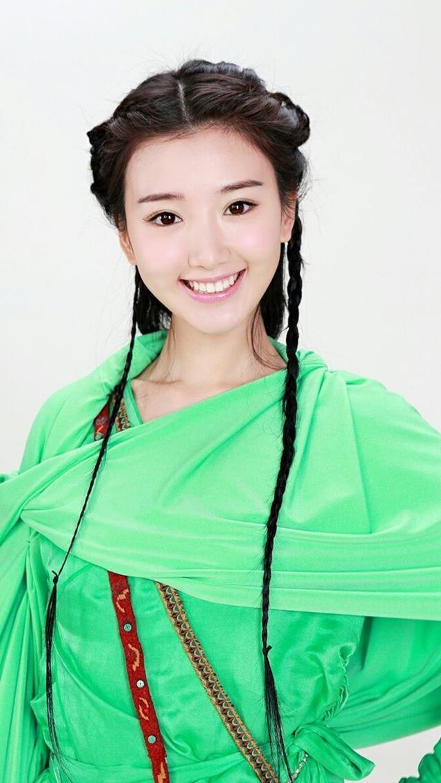 最美古装绿衣女子, 你喜欢谁呢?
