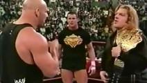 WWE: 年轻的王中王面对战神高柏!连对决的勇气都没有!
