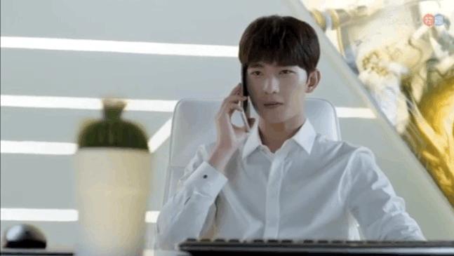 对郑爽诈骗短信的回答,杨洋秒变情话boy。