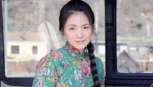 """和陈思诚同居7年, 今与女儿相依为命身价上亿 曾""""野鸭子""""走红,"""