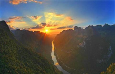 南丹拉锡3个国家湿地公园;南丹八穿,都安澄江2个国家水利风景区;环江