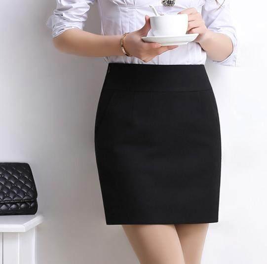 好看的半身裙_35岁的她可以成为办公室的焦点, 只因她选对了漂亮的半身裙