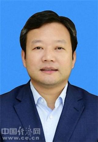 曹立军任常德市代市长 陈恢清任副市长(图|简历)