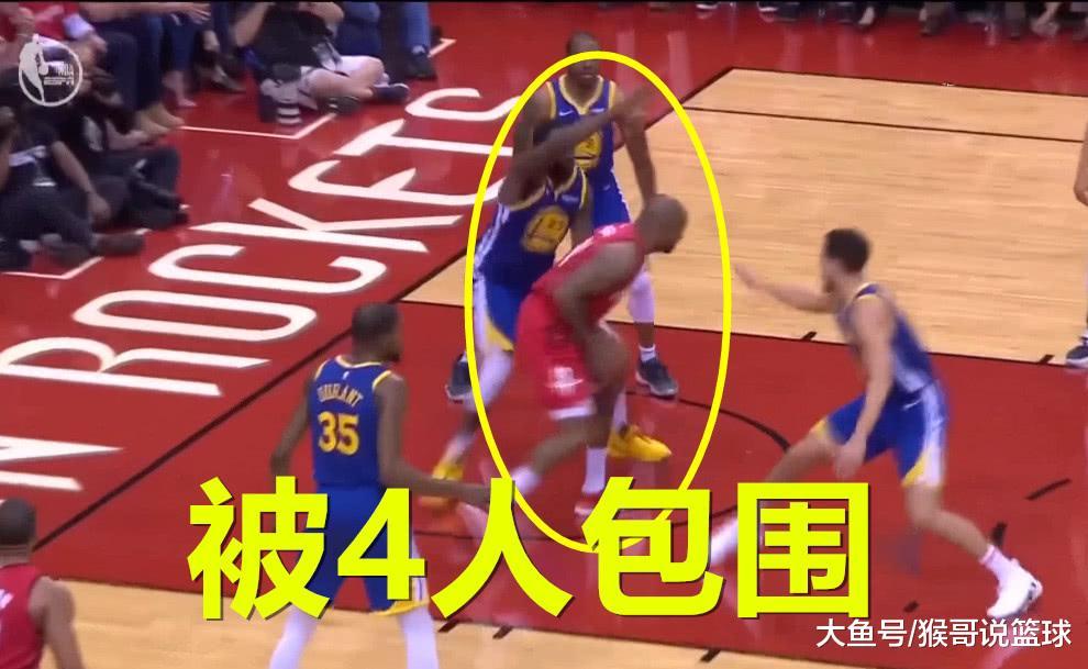 身高1.98, 面对胆小鬼4人连抢两个篮板! 德帅没让他上场, 他有些朝气!(图5)