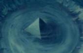 百慕大三角海底出现水晶金字塔, 还有一条神秘的时空隧道