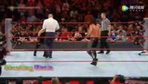WWE HHH卑鄙小人背后偷袭罗曼,又背叛赛斯帮凯文欧文斯赢赛