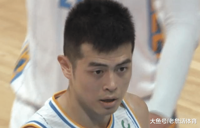 9中2+4犯! 方硕遭炮轰, 林书豪曝输球内情, 杨毅: 你应该练好体能!