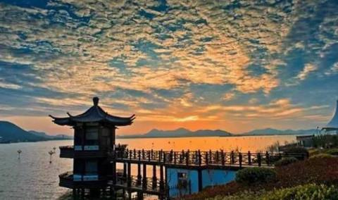 19个4a级旅游景区,包括微山湖, 徐州汉文化旅游景区,徐州潘安湖湿地