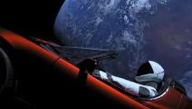 """美国""""钢铁侠""""把跑车送上太空,可能漂浮数十亿年!"""