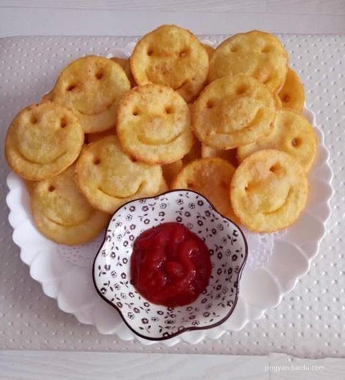 笑脸土豆饼, 粘点番茄酱味道和薯条一样孩子大人都