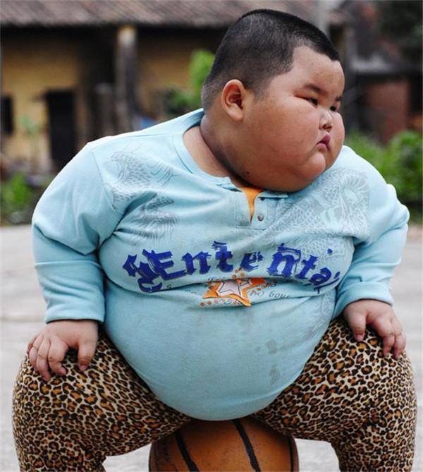 产后肥胖好几年没减下来, 女儿班上3岁的胖墩儿却成功减掉了8斤